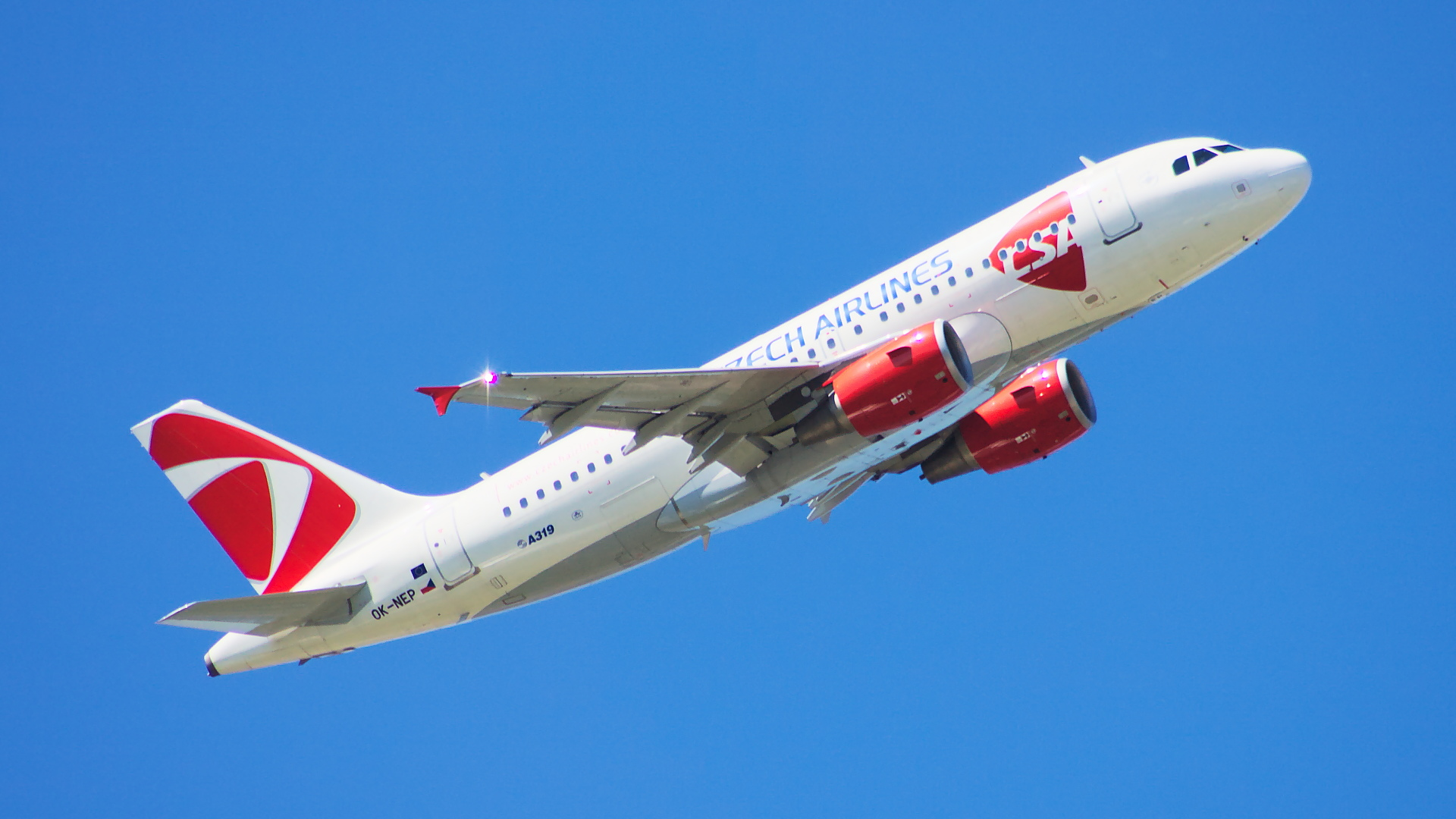 OK-NEP ✈ Czech Airlines Airbus A319-112 @ London-Heathrow