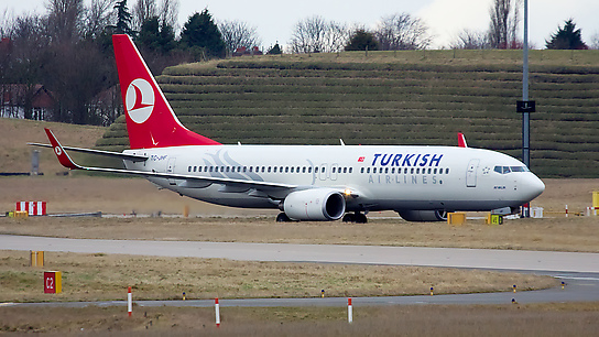 TC-JHF ✈ Turkish Airlines Boeing 737-8F2