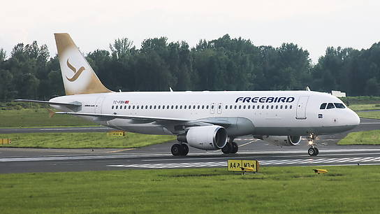 TC-FBH ✈ Freebird Airlines Airbus A320-214