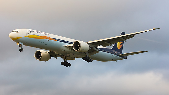 VT-JEK ✈ Jet Airways Boeing 777-35RER