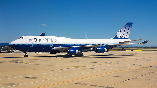 N118UA ✈ United Airlines Boeing 747-422