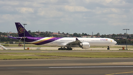 HS-TND ✈ Thai Airways International Airbus A340-642