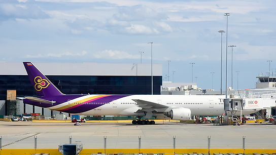 HS-TKD ✈ Thai Airways International Boeing 777-3D7