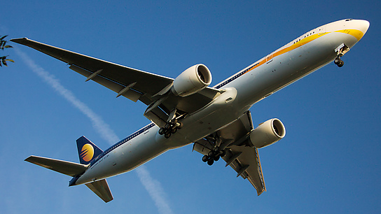 VT-JEA ✈ Jet Airways Boeing 777-35RER